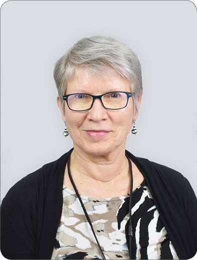Paula M | Receptionist